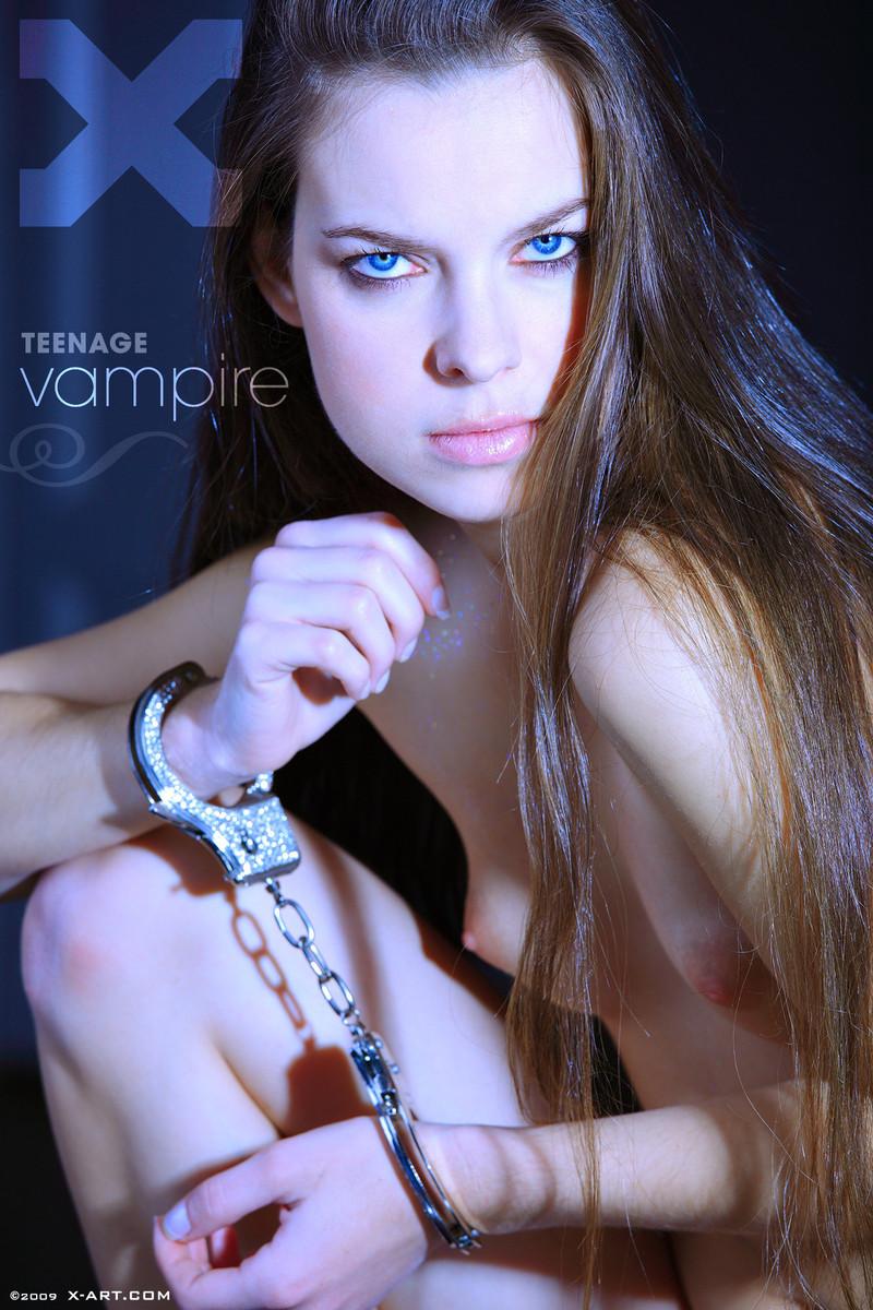 Nude hot vampire girls